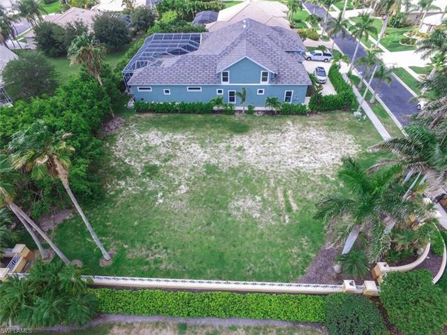 5501 Merlyn Ln, Cape Coral, FL 33914