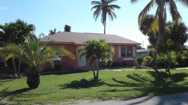 2881 Velma St, Matlacha, FL 33993