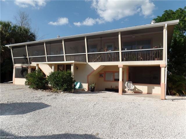 427 Lazy Way, Fort Myers Beach, FL 33931