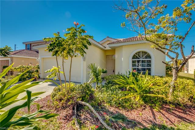 2696 Blue Cypress Lake Ct, Cape Coral, FL 33909