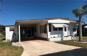 557 Freedom St, North Fort Myers, FL 33917