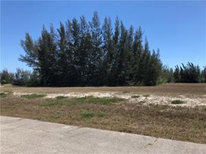 4320 Nw 23rd Ter, Cape Coral, FL 33993