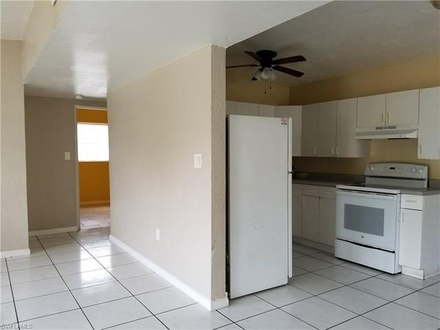 1406 Veronica S Shoemaker Blvd, Fort Myers, FL 33916