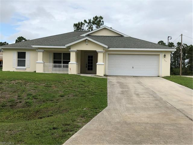 373 Claridge Cir, Lehigh Acres, FL 33974
