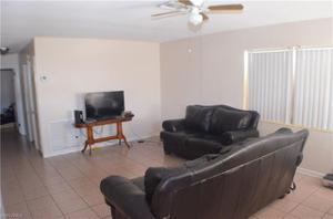 43 Abaco St, Lehigh Acres, FL 33936