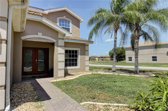 2228 Cape Heather Cir, Cape Coral, FL 33991