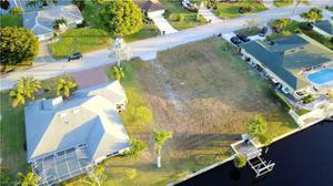 994 Clarellen Dr, Fort Myers, FL 33919
