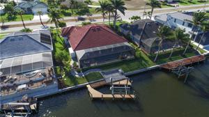 3724 Surfside Blvd, Cape Coral, FL 33914