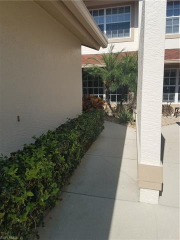 20090 Golden Panther Dr 3, Estero, FL 33928