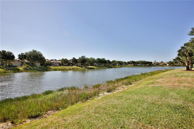 10135 Avalon Lake Cir, Fort Myers, FL 33913