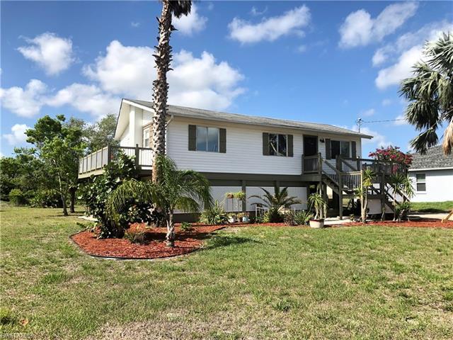 2705 5th St Sw, Lehigh Acres, FL 33976