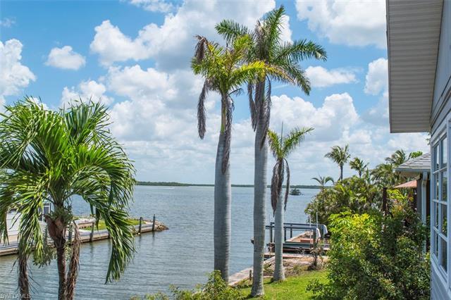 261 Egret St, Fort Myers Beach, FL 33931