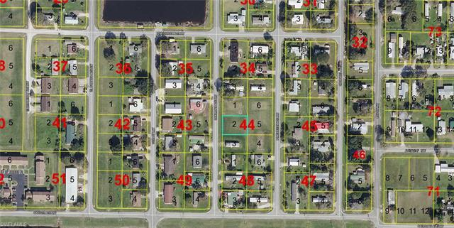 209 Oakmont Ave, Moore Haven, FL 33471