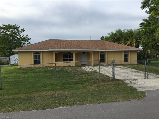 457 Avenue N, Moore Haven, FL 33471