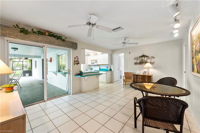 1102 Se 41st St, Cape Coral, FL 33904
