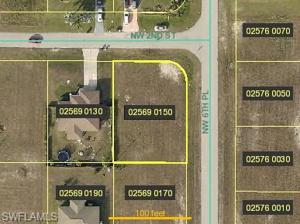 616 Nw 2nd St, Cape Coral, FL 33993