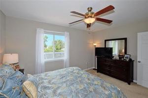 8598 Sumner Ave, Fort Myers, FL 33908
