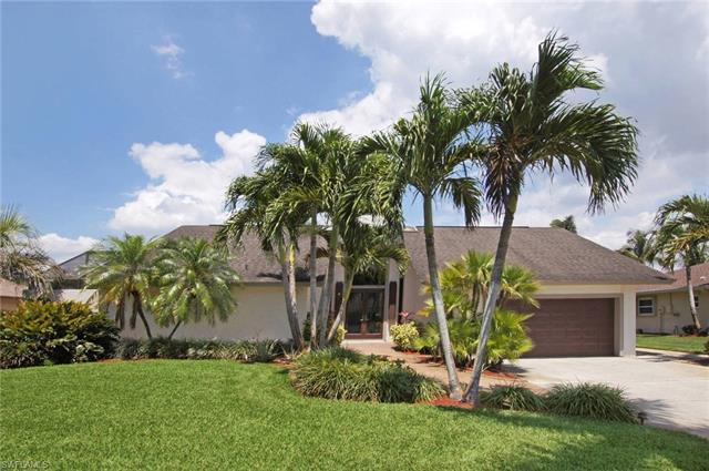 223 Forest Hills Blvd, Naples, FL 34113