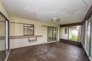 210 Gleason Pky, Cape Coral, FL 33914