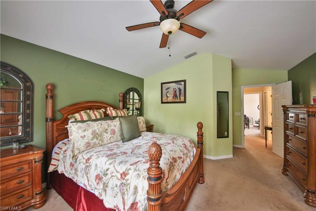 13595 Cherry Tree Ct, Fort Myers, FL 33912