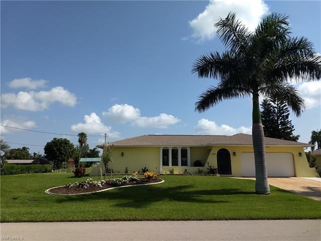 1431 Windsor Ct, Cape Coral, FL 33904