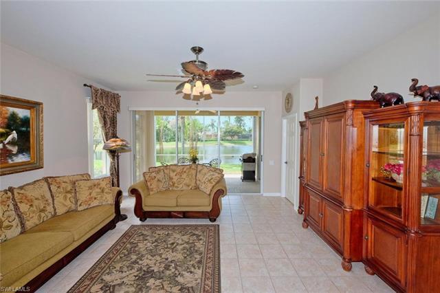8815 Middlebrook Dr, Fort Myers, FL 33908