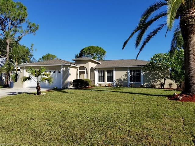 8169 Sandpiper Rd, Fort Myers, FL 33967