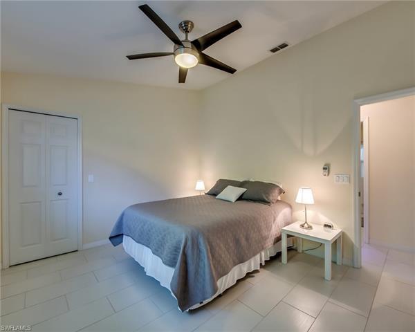 5008 Sw 5th Pl, Cape Coral, FL 33914