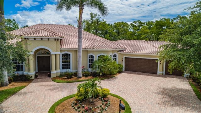 7642 Palmer Ct, Naples, FL 34113