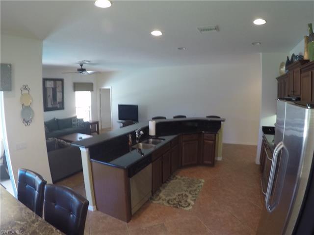 2374 Verdmont Ct, Cape Coral, FL 33991