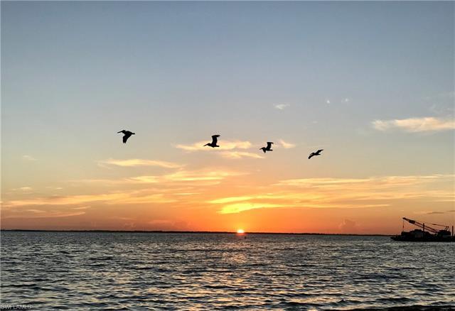211 White Pelican Dr, Upper Captiva, FL 33924