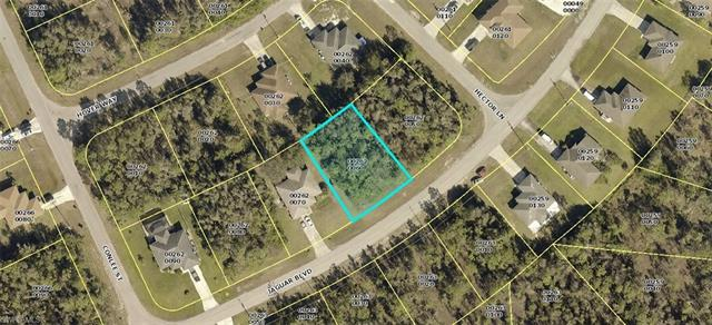409 Jaguar Blvd, Lehigh Acres, FL 33974