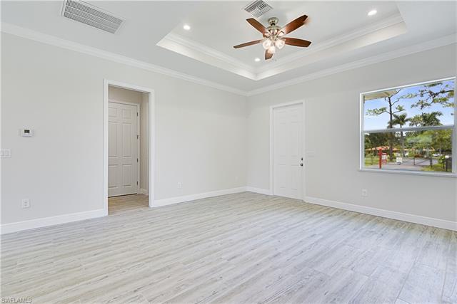 10960 Goodwin St, Bonita Springs, FL 34135