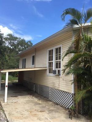 112 Lovers Ln, Fort Myers Beach, FL 33931