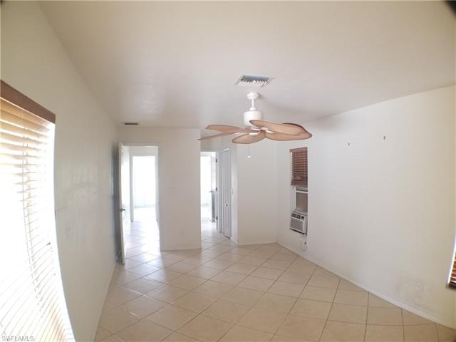 11690 Amanda Ln, Bonita Springs, FL 34135