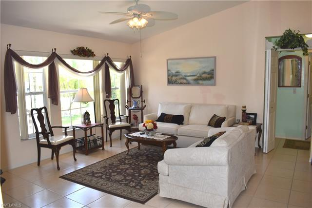2016 Se 8th Ave, Cape Coral, FL 33990