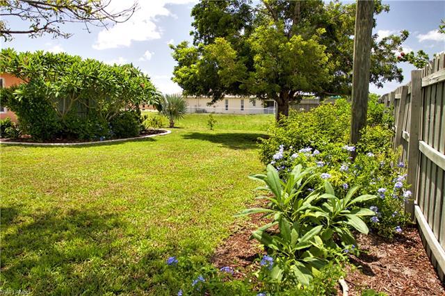 4114 Sw 8th Pl, Cape Coral, FL 33914