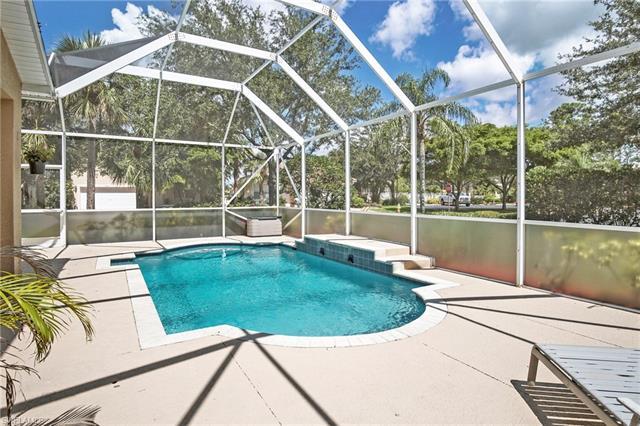 9451 Silver Pine Loop, Fort Myers, FL 33967