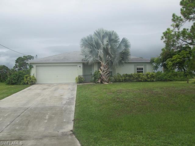 1516 Ne 35th Ln, Cape Coral, FL 33909