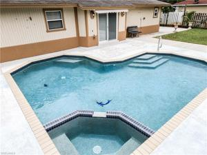 5052 Locke Ln, Lehigh Acres, FL 33973