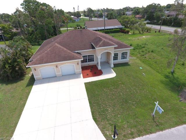 18481 Narcissus Rd, Fort Myers, FL 33967