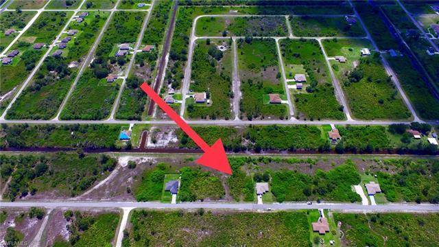 526 Wabasso Ave S, Lehigh Acres, FL 33974