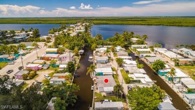 2611 Pine St, Matlacha, FL 33993