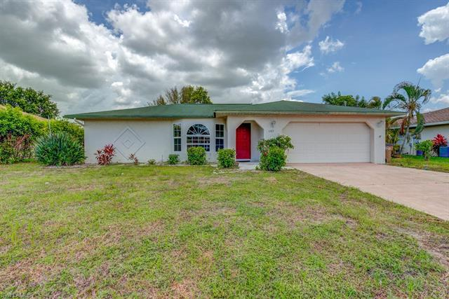 1107 Se 37th St, Cape Coral, FL 33904