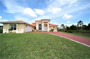 1004 Mckinley Ave, Lehigh Acres, FL 33972
