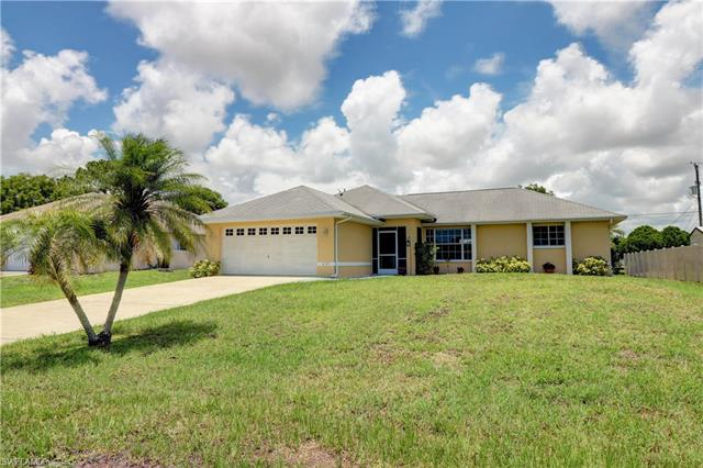 839 Sw 17th Ter, Cape Coral, FL 33991