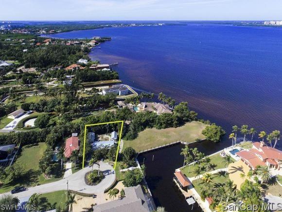 15330 Allen Way, Fort Myers, FL 33908