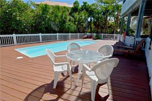 4560 Conch Shell Dr, Captiva, FL 33924