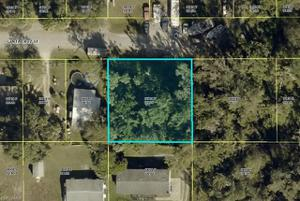 441 Santa Cruz St, North Fort Myers, FL 33903