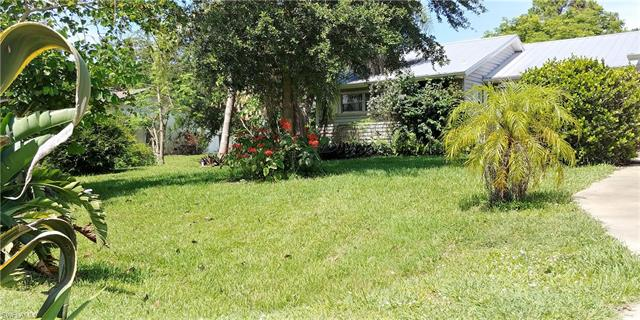 323 Ohio Rd, Lehigh Acres, FL 33936